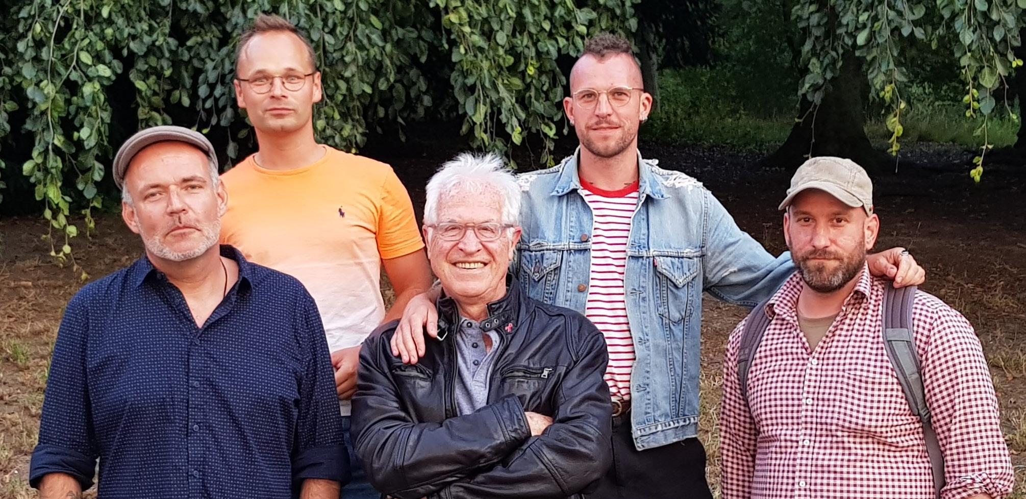 (Obere Reihe, v. l. n. r.) F. Richter und T. Müller, (untere Reihe, v. l. n. r.) C. Rudolph, W. Wagner und H. Lenz von der AG Haft.
